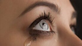 Pessoas que choram muito não são fracas, são poderosas!