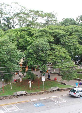 Acidi inaugura decoração de Natal neste sábado no Centro de Itaquá