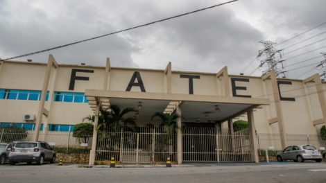 Fatec Itaquaquecetuba aplica exame do Vestibular neste domingo