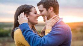 Bom mesmo é amar e ser amado. Não é egoísta de nossa parte, é acolhedor!