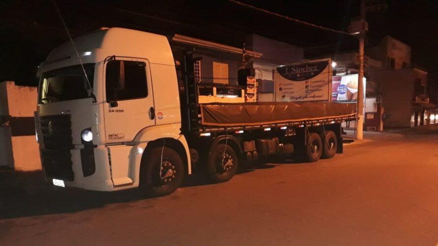 Homem é preso por suspeita de roubar caminhão com carga avaliada em mais de R$ 130 mil em Itaquaquecetuba