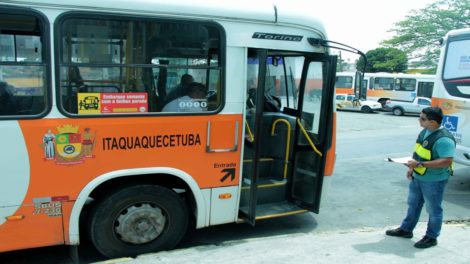 Motoristas do transporte municipal de Itaquaquecetuba entram em greve