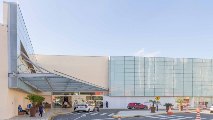 Shoppings do Alto Tietê oferecem 23 oportunidades de emprego nesta terça-feira