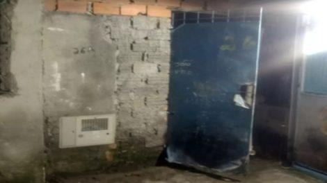 PM descobre cativeiro, liberta motorista refém e prende dois em Itaquaquecetuba