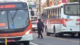 Passageiros de Itaquaquecetuba reclamam do aumento da passagem de ônibus