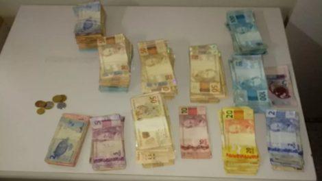 Polícia prende dois suspeitos de furtar mais de R$ 133,2 mil em lotérica de Itaquaquecetuba