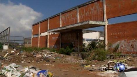 Polícia Ambiental vai investigar descarte irregular de lixo e entulho no Jardim Monte Belo, em Itaquaquecetuba